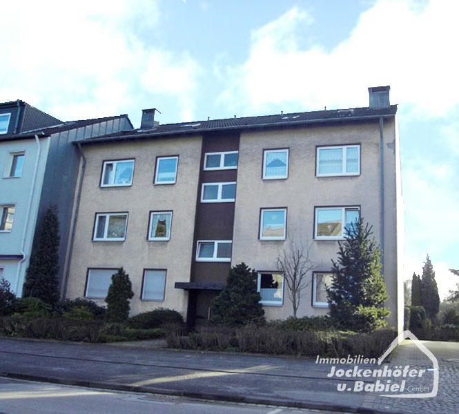 01a-bottrop-balkon-wohnung-batenbrock-park-blick-ins-gruene-3-5-raum